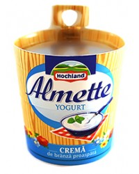 hochland almette crema branza cu iaurt